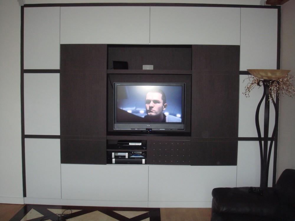 Cr ation de meubles tv et biblioth ques sur mesure b2a for Meuble blanc et gris