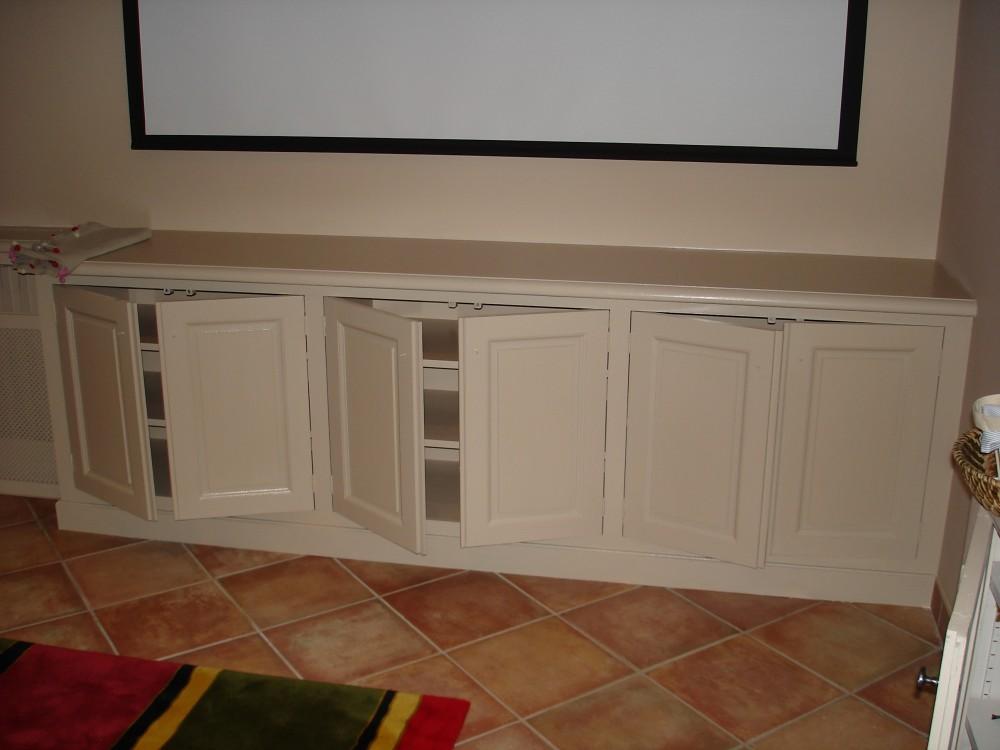Cr ation de meubles tv et biblioth ques sur mesure b2a - Peindre un meuble en chene massif ...